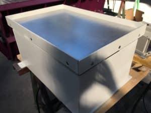 table vibrante compacte pour tasser des poudres
